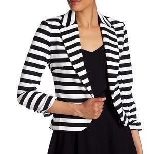 NWT Amanda & Chelsea Striped Peak Blazer Size 10
